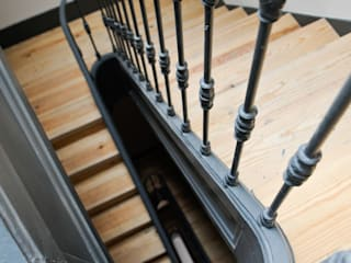 Lara Matos_arquitectura+design interiores+consultoria Stairs Iron/Steel Grey