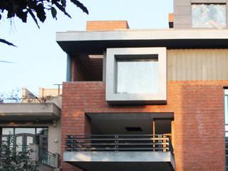 De Stijl House by Amit Khanna Design Associates Classic