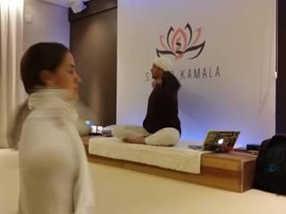 Studio de Yoga Fitness moderno por MEI Arquitetura e Interiores Moderno