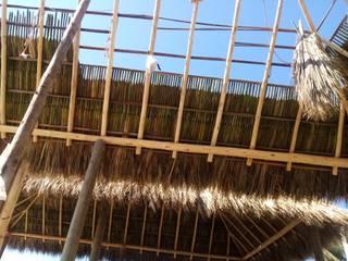 Cabaña de Cabañas pérgolas y barandales Rústico