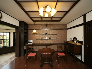 Classic style study/office by 松浦旦美建築事務所 Classic