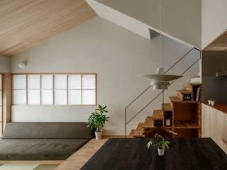湖南の家 モダンデザインの ダイニング の HEARTH ARCHITECTS/ハース建築設計事務所 モダン