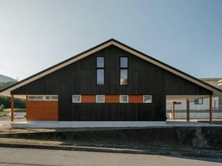 湖南の家 モダンな 家 の HEARTH ARCHITECTS/ハース建築設計事務所 モダン