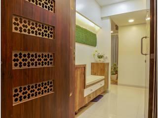 3BHK FLAT Modern corridor, hallway & stairs by Shubhchintan Design possibilities Modern