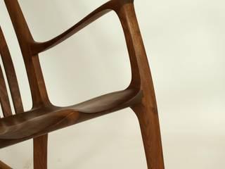 Schaukelstuhl OWEN aus Massiv - Holz Moderne Wohnzimmer von Holzarbeiten André Findeisen Modern