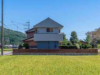 岐阜のガレージハウス モダンな 家 の 梶浦博昭環境建築設計事務所 モダン