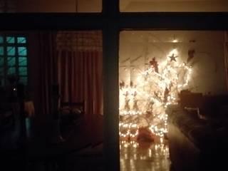 Instalación | Árbol de Navidad de Ana Salomé Branco Ecléctico