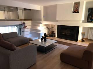 Arquitectura | Casa Amarilla Salones de estilo minimalista de Ana Salomé Branco Minimalista