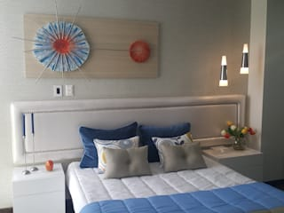 B-House by elvira BedroomBeds & headboards