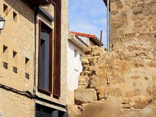 Puertas y ventanas rurales de Rafael Hernáez Loza AITEC Proyectos Rural