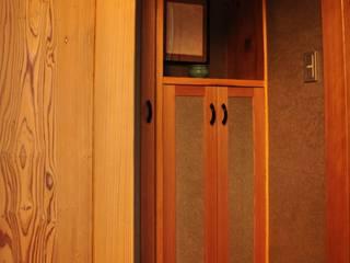 2009年10月竣工 牛久離れ15坪の家 和風の 玄関&廊下&階段 の 樹・中村昌平建築事務所 和風