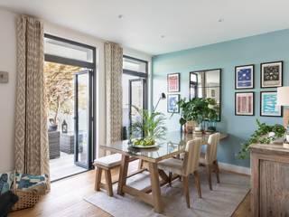 Blackstone Holiday Apartment in Salcombe, Devon Salle à manger moderne par Dupere Interior Design Moderne
