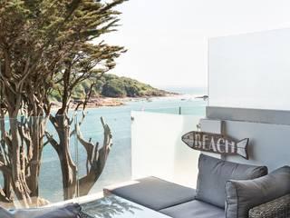 Blackstone Holiday Apartment in Salcombe, Devon par Dupere Interior Design Moderne