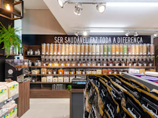 Industrial style offices & stores by Studio C.A. Arquitetura Industrial