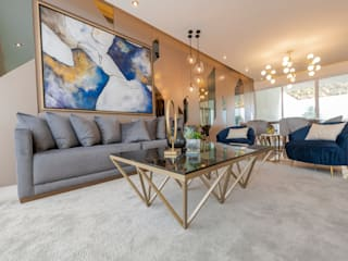 Eclectic style living room by ESTUDIO TANGUMA Eclectic