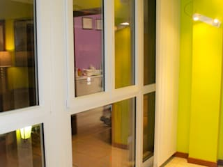Diesse Serramenti: upgrade infissi e serramenti FINSTRAL presso Studio Dentistico di Ferrara Diesse Srl Serramenti Cliniche moderne PVC Bianco