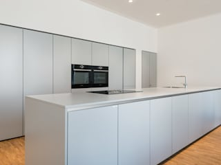 Beer GmbH Built-in kitchens Grey