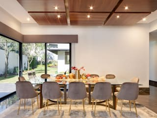 Modern dining room by ESTUDIO TANGUMA Modern