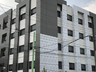 Instalación de Panel de Aluminio (Alucobond) Edificios de oficinas de estilo moderno de ALUCO SOLUCIONES Moderno