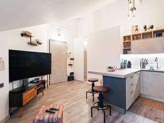 RISTRUTTURAZIONE MC arCMdesign - Architetto Michela Colaone Cucina in stile industriale