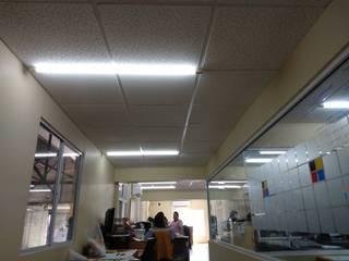 Modern offices & stores by Prama tablaroca y acabados Modern