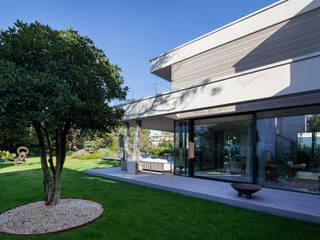 FFM-ARCHITEKTEN. Tovar + Tovar PartGmbB Casas de estilo moderno