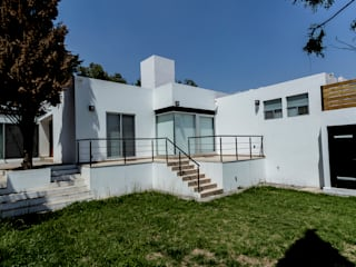 Casa Lago de Guadalupe TR arquitectos Casas pequeñas
