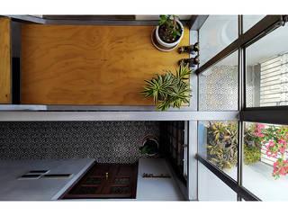Puzzle de Frank Maguiña Arquitectos Minimalista