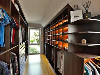 Ankleidezimmer in Berkheim Moderne Ankleidezimmer von Ihr Schreiner Thaler Modern