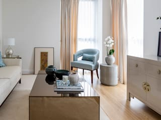 HIGH RISE GLAMOUR Classic style living room by Anouska Tamony Designs Classic