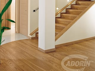 Ideas for combining stairs and parquet de Cadorin Group Srl - Top Quality Wood Flooring Moderno