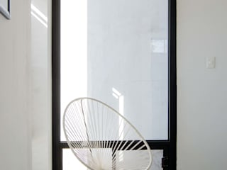 minimalist  by Arquitectura Avanzada, Minimalist