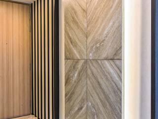The Sorrento Modern corridor, hallway & stairs by Summerhaus D'zign Modern