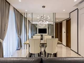 Riverisles Modern dining room by Summerhaus D'zign Modern