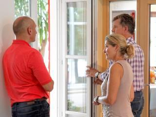 カントリーな 窓&ドア の Kneer GmbH, Fenster und Türen カントリー