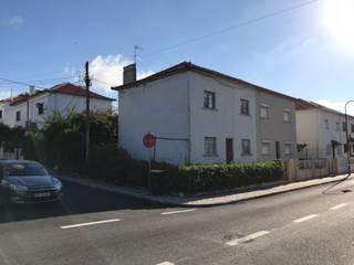 Moradia unifamiliar Rua da Igreja 28 . Caselas . Lisboa por Pedro Ferro Alpalhão Arquitecto Moderno