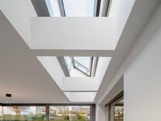 by Scharrer Architektur GmbH Сучасний