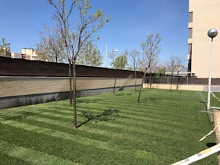 Instalación de césped natural en tepes de JARDINERIA PACHECO S.L