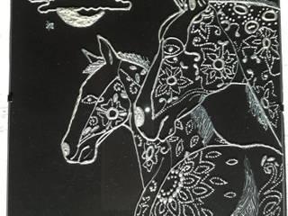 Candeeiros em vidro pintado por Paula Torres Moderno