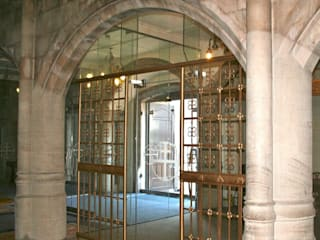 What a difference a door makes. Structural glass in heritage buildings Minimalist event venues by Ion Glass Minimalist