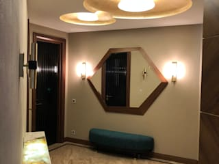 Minimalist corridor, hallway & stairs by АРХИТКЕТУРНОЕ БЮРО 'IKRA-DESIGN' Minimalist