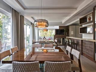 Residencia em Condominio I Salas de jantar modernas por Viviane Busch Arquitetura & Interiores Moderno