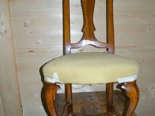 Gli Artigiani dei f.lli M.& S. Cordi snc SalonesTaburetes y sillas Madera Acabado en madera