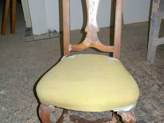 SEDIA IMBOTTITA RESTYLING, RESTAURO LEGNO 100% ITALIANO Gli Artigiani dei f.lli M.& S. Cordi snc SoggiornoSgabelli & Sedie Legno Effetto legno