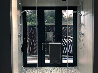 Private Residence Blair Atholl, Lanseria Aluglass Bautech (Pty) Limited Modern bathroom Glass