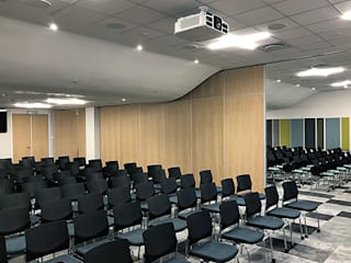 EXXARO HEAD OFFICE - CENTURION Aluglass Bautech (Pty) Limited Conference Centres Wood