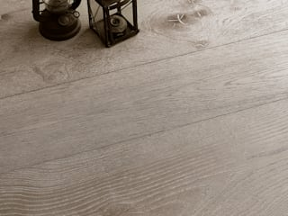 Chestnut Lime Effect de Cadorin Group Srl - Top Quality Wood Flooring Moderno
