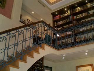 Casa Estilo Colonial de DIMARQ® espacios arquitectónicos Colonial