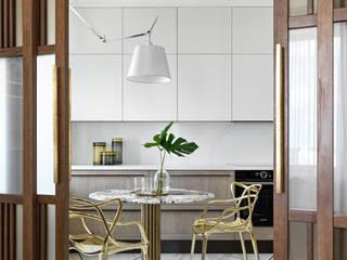Cozinhas clássicas por Rubleva Design Clássico