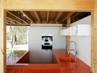Beer GmbH Built-in kitchens Orange